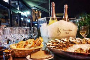 Restaurant Le Lamartine Mâcon, crémant de bourgogne, huîtres, alcool, pain, terrasse,